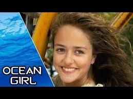 <b>Ocean Girl</b> | S1E1 | The <b>Girl</b> in the <b>Sea</b> - YouTube