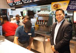 he s lovin it an ofw s love affair mcdonald s filipino mr alberst russell the busy mcdonald s staff