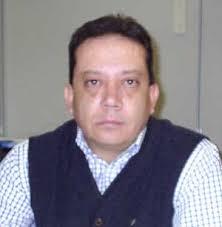 Eduardo Salazar. - 216877