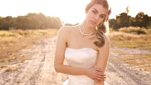 بموت فيكي ففستان أبيض......... بقلمي images?q=tbn:ANd9GcS