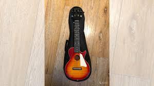 <b>Укулеле Epiphone Les Paul</b> купить в Выборге | Хобби и отдых ...