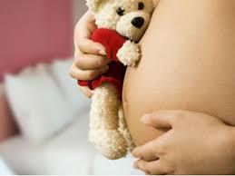 Resultado de imagem para imagens de mães adolescentes