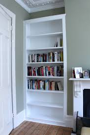 Living Room With Bookcase 25 Best Ideas About Built In Bookcase On Pinterest Wall