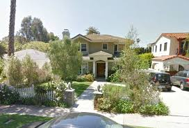 Phil and Claire Dunphy    s  quot Modern Family quot  House For Salestreetview of Dunphy house today
