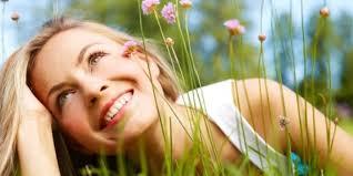 Resultado de imagem para imagens de pessoas felizes