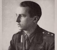 Po wybuchu wojny zaangażował się w działalność konspiracyjną Szarych Szeregów. Brał udział w wielu akcjach małego sabotażu w ... - 0002PZ0VT3U41T1N-C116-F4