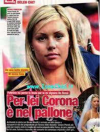 Ma Corona si è ripreso presto e da fine agosto frequenta Tamara Pisnoli, già nota al gossip per essere l'ex moglie del calciatore Daniele De Rossi. - corona-12