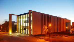 Straw Bale Video   Huff     n     Puff Strawbale ConstructionsOne of the largest prefabricated straw bale buildings in Europe was officially opened at The University of Nottingham on Wednesday February