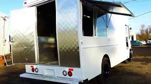 <b>Mobile</b> Catering <b>Food Truck</b> 16ft Kitchen 2002 Video 2 - YouTube