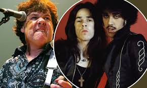 <b>Gary Moore</b> death: Ex-Thin Lizzy guitarist died <b>after</b> alcohol binge ...