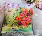 Цветы из лент подушки