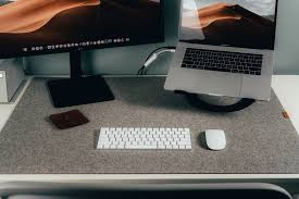 A Review of the Grovemade <b>Felt Desk</b> Pad, a Detailed Workflow on ...