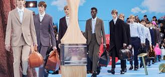 Men's <b>Fall</b>-<b>Winter</b> 2020 Show | LOUIS VUITTON