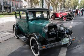 Resultado de imagem para automoveis antigos