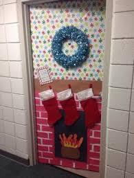 christmas dorm door google search aaron office door decorated