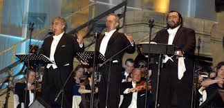 Plácido <b>Domingo</b> and José <b>Carreras</b> reunite to honour <b>Pavarotti</b> ...