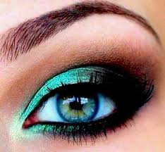 makeup for blue green eyes this makes me want the accent color eyeshadow in my possession great seahawks makeup fade green into navy blue at corner
