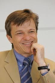 21.12.2009 von Christian Pleschberger. Thomas Weber wird per 1. Februar 2010 die operative Geschäftsführung von Palmers an Gerd Petermann übergeben. - Weber_Thomas