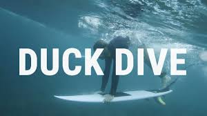 How to Duck <b>Dive</b> | <b>Surfing</b> Tutorial to Pass the Break Efficiently ...