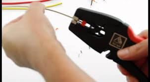 How to strip electrical <b>wire</b> perfectly - <b>Self</b>-<b>Adjusting</b> Stripping Tool ...
