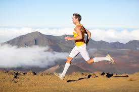 Для чего нужны <b>компрессионные носки</b> | Лайфхакер, беги с adidas