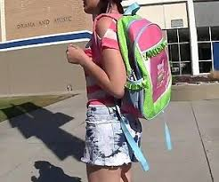 Xxxティーン映画hd若手左のqrコードを読み動画は、女子学生と滑り