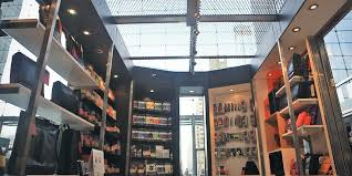 <b>Moleskine</b> turns the page with expanded brick-and-mortar stores ...