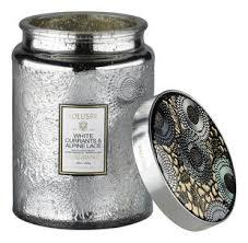 Voluspa <b>White Currants</b> & Alpine Lace <b>Ароматическая свеча</b> белая ...