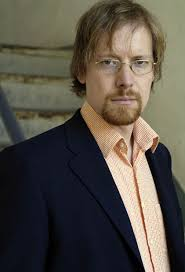 <b>Jörg Heiser</b> is co-editor of Frieze Magazine and also contributs to the <b>...</b> - 23_joerg_heiser