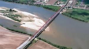 Ponte entre Cartaxo e Salvaterra de Magos encerrada devido ao mau tempo