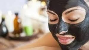 <b>Чёрная маска</b>: рецепт с углём и желатином