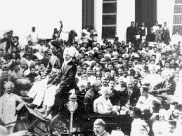 File:Gandhi back in india1915.gif - Wikimedia Commons