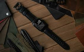 The 10 Best <b>Leather</b> Apple Watch <b>Bands</b> | GearMoose