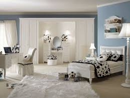 witching teenage girl bedroom design with white wooden single beds frame be equipped black white fabric bedroomamazing black white themed bedroom