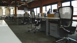 3 tips to set up your ideal startup office space httpifttt1nl4lv0 its an exciting time your latest groundbreaking entrepreneurial idea has evolved amazing office space set