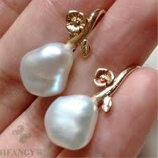 <b>Fashionable</b> white pearl 18k gold earrings Aurora Jewelry <b>Diy</b> ...