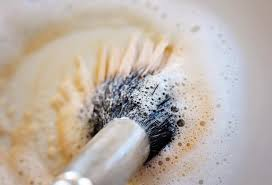 how to clean mac makeup brushes with dish soap