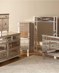 Mirrored Furniture Bedroom Sets Mirrored Master Bedroom Furniture Square Shape Wooden Bedside
