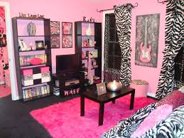 Zebra Living Room Decor 25 Best Ideas About Zebra Room Decor On Pinterest Pink Zebra