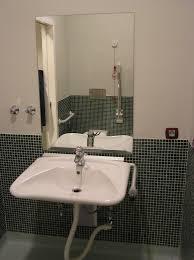 ¿Me ayudáis con la distribución de mi baño adaptado?