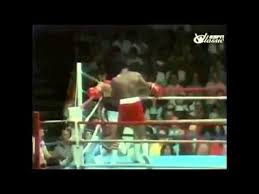 Muhammad Ali Dodging 21 Punches In 10 Seconds - YouTube