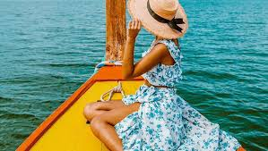 50 <b>Boho Chic</b> Outfits for a Unique Beach Look