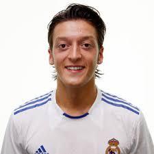 Mesut Özil :: Mesut Philippe Özil :: Arsenal :: Fotos :: ceroacero.es - 49127_ori_mesut_ozil