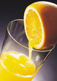 عصير البرتقال والليمون= وداعا للتجاعيد بالصور والشرح