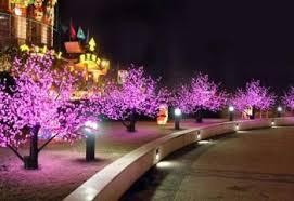 <b>Деревья светодиодные</b> световые ели, сакура