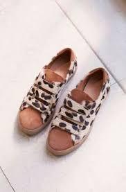 Cute leo flats and black pants | Надо купить в 2019 г. | Обувь и ...