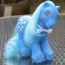 recherche principale de Mapeline : des poneys et leurs accessoires  Images?q=tbn:ANd9GcSY3pdgXGEM8p7SZhg5245WUVJ1GDFZs0N7d0ObnlOy5NjKlvOX
