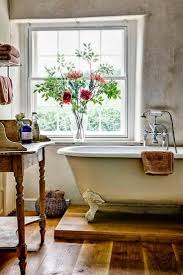 image bathtub decor: farmhouse bathroom daccor with elevated bathtub
