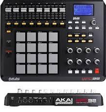 <b>MIDI</b>-<b>контроллер Akai PRO</b> MPD32