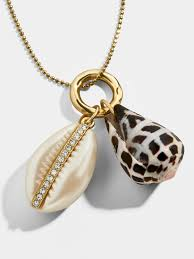 Concha <b>Pendant Necklace</b> | BaubleBar